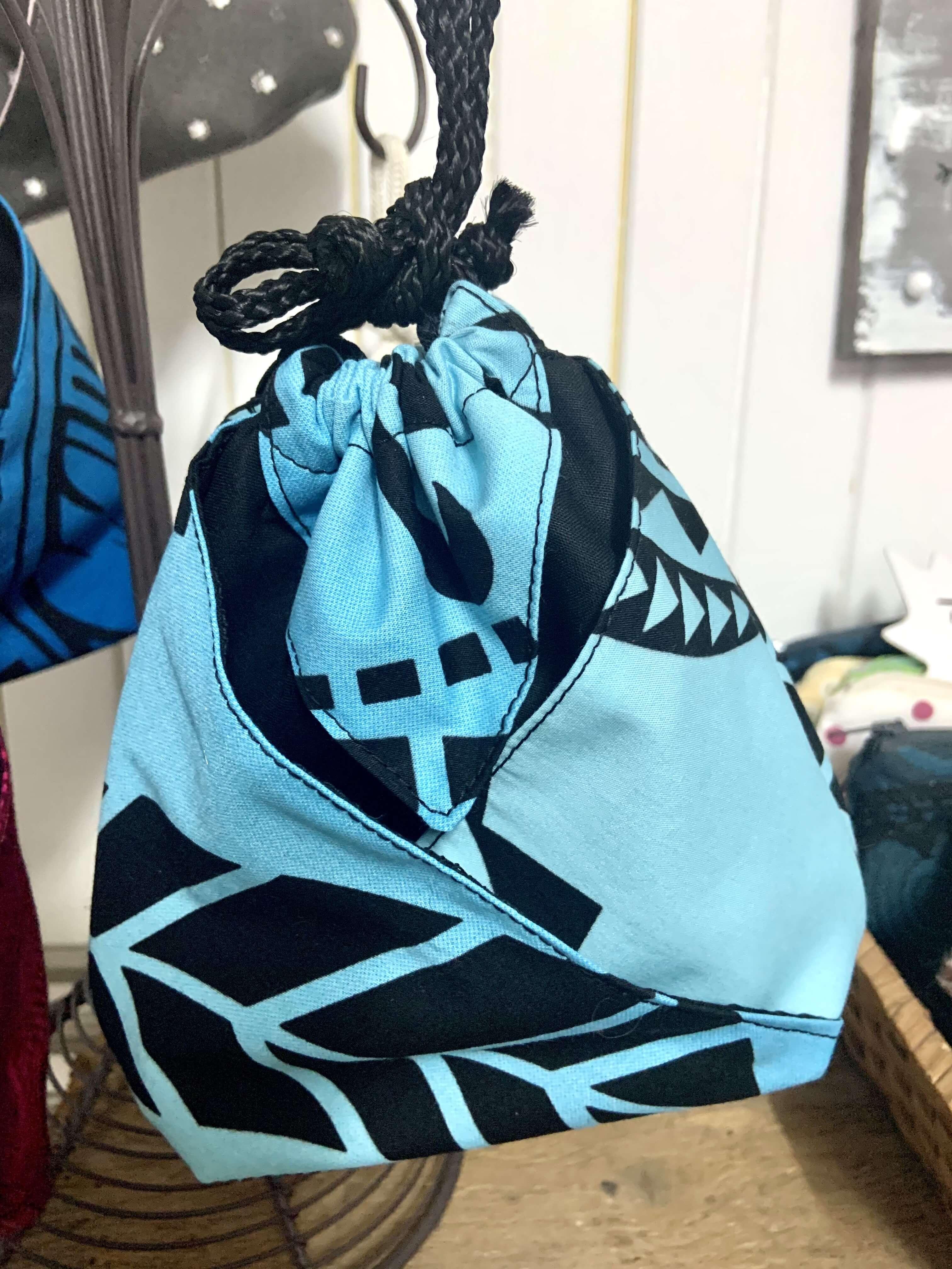 Bourse origami bleue