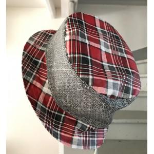 Chapeau imperméable Réversible. Taille S