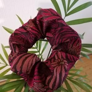 Chouchou Rouge fleuri brillant